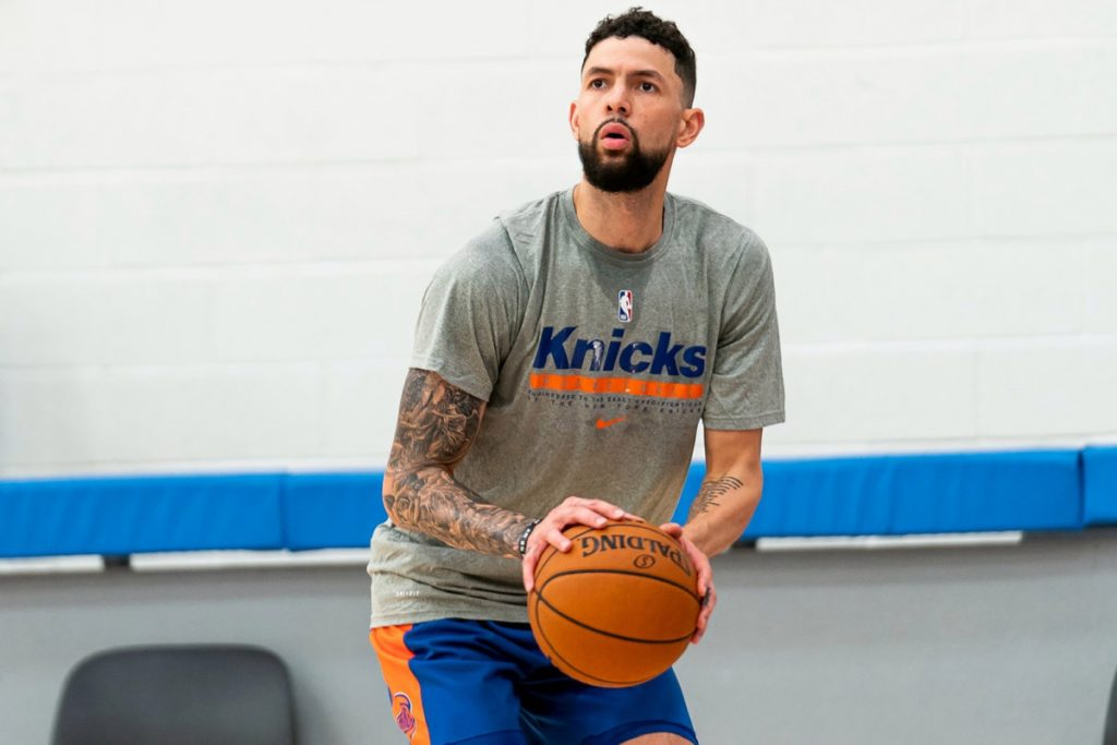 Austin Rivers is finally set for the Knicks' debut against the Raptors