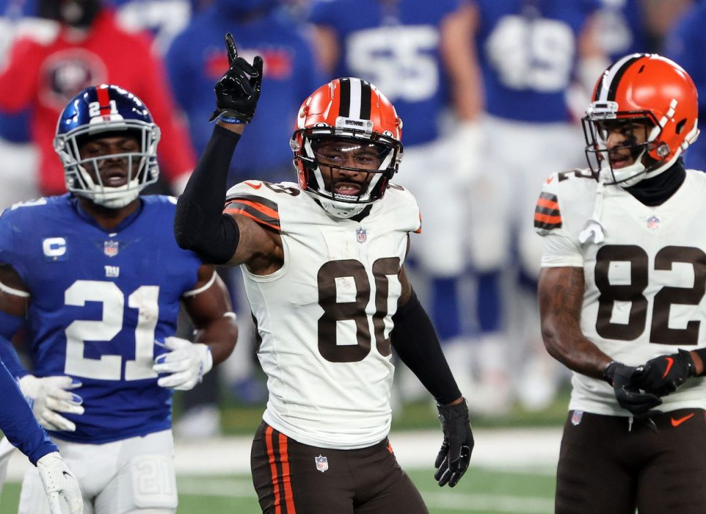 Jarvis Landry, Richard Higgins and other Browns contacts close to COVID-19 are expected to return on Thursday;  It is likely that White Teller will be a Wednesday