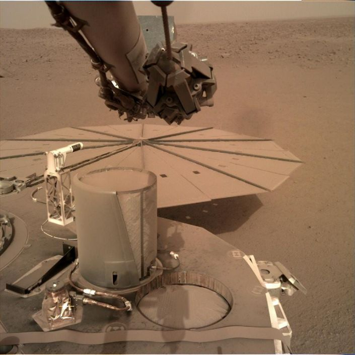 Insight Mars Lander NASA Dust solar panels