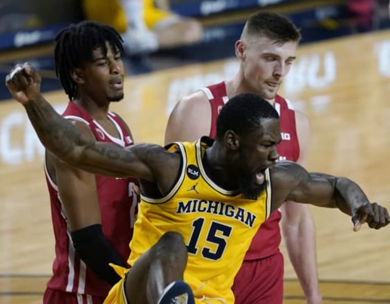 Michigan Wolverines Basketball: Trace, Gard is a UM card fan